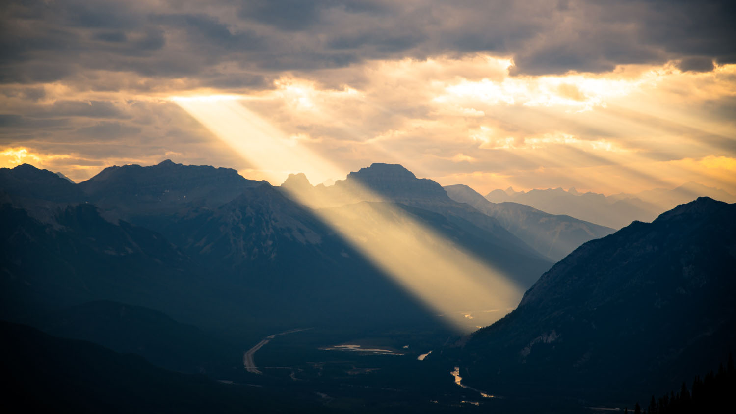 God's Light at the Sundance Peak